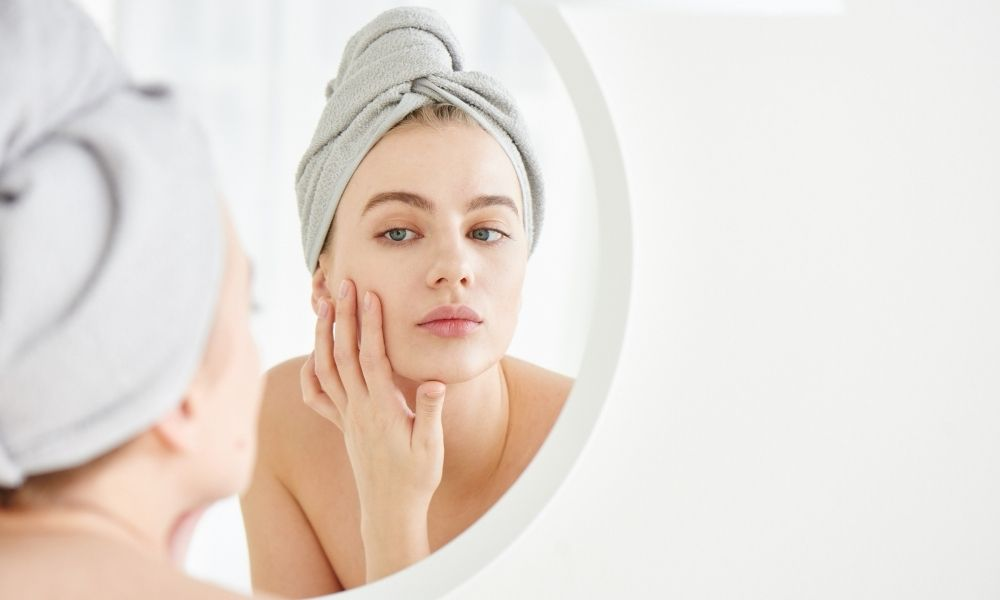 The Difference Between Blackheads and Sebaceous Filaments